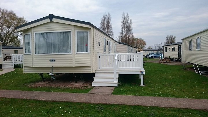 Atlas Chorus 4 caravan for hire